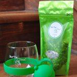 Tasse et infuseur - vert et thé